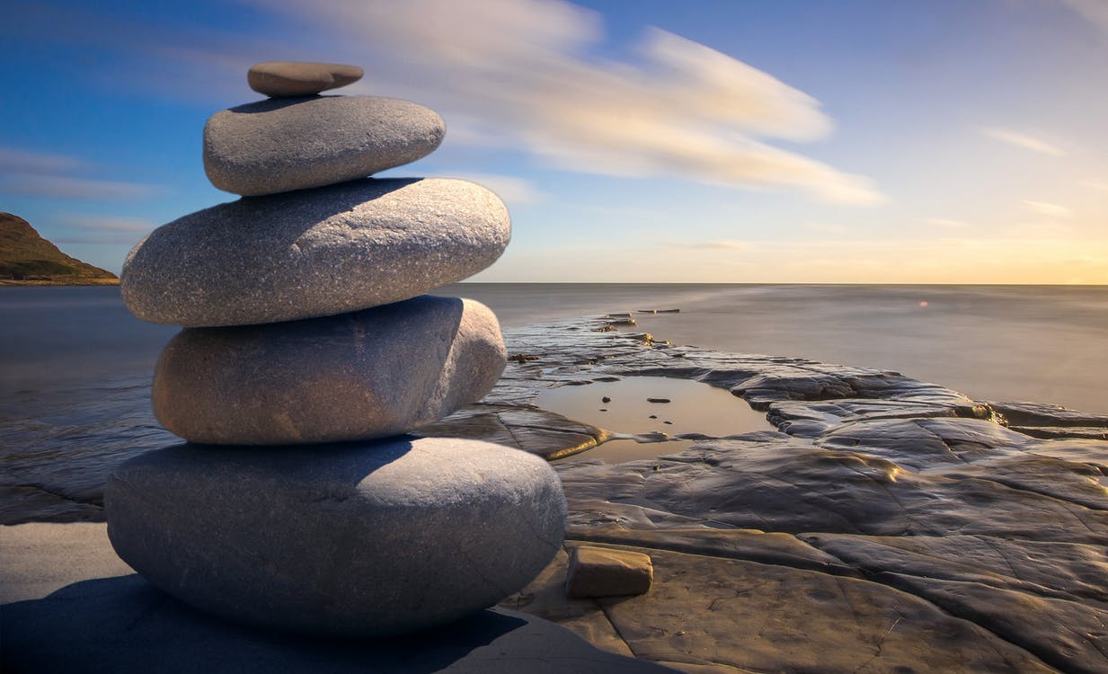 Massage Live4Fit Ben jij op zoek naar (meer) balans in je leven? Wil jij je beste zelf tegenkomen? Live4Fit helpt je graag verder op een manier die bij jou past met personal training, massages, mama en baby en holistische therapie